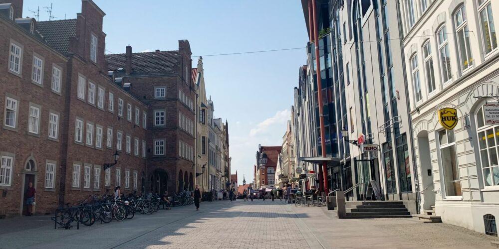 Schrittweise zurück zum öffentlichen Leben: Kleine Geschäfte in Wismar wieder geöffnet