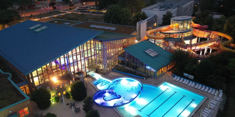 Wonnemar Wismar darf wieder öffnen +++ Theater mit Open-Air-Sommerbühne